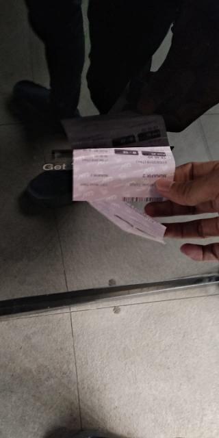 jika booking code dan pass key benar, tiket akan keluar