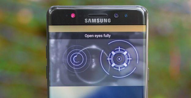 Samsung Galaxy S10, Menghapus Pemindai Iris
