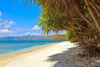 Gili-Nangu-Beach.jpg
