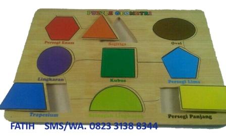 Puzzle Balok Geometri