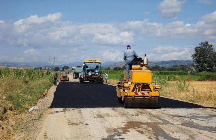 Βελτιώνει την αγροτική οδοποιία σε 15 Τοπικές Κοινότητες της Π.Ε. Καρδίτσας η Περιφέρεια Θεσσαλίας