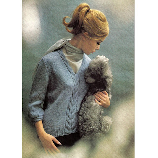 Knitted V-Neck Cable Sweater Pattern with Three Quarter Sleeves