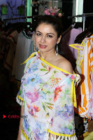 Designer Maheka Mirpuri's Summer Coll Preview With Sunny Leone & Bhagyashree  0002.JPG