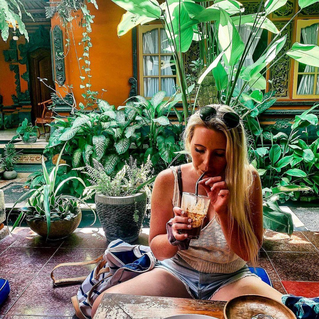 Vida Cafe Favorit Canggu