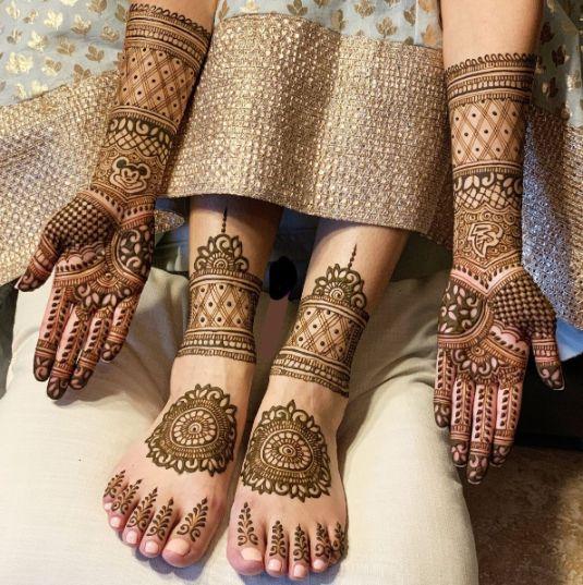 Back Hand Bridal Mehndi