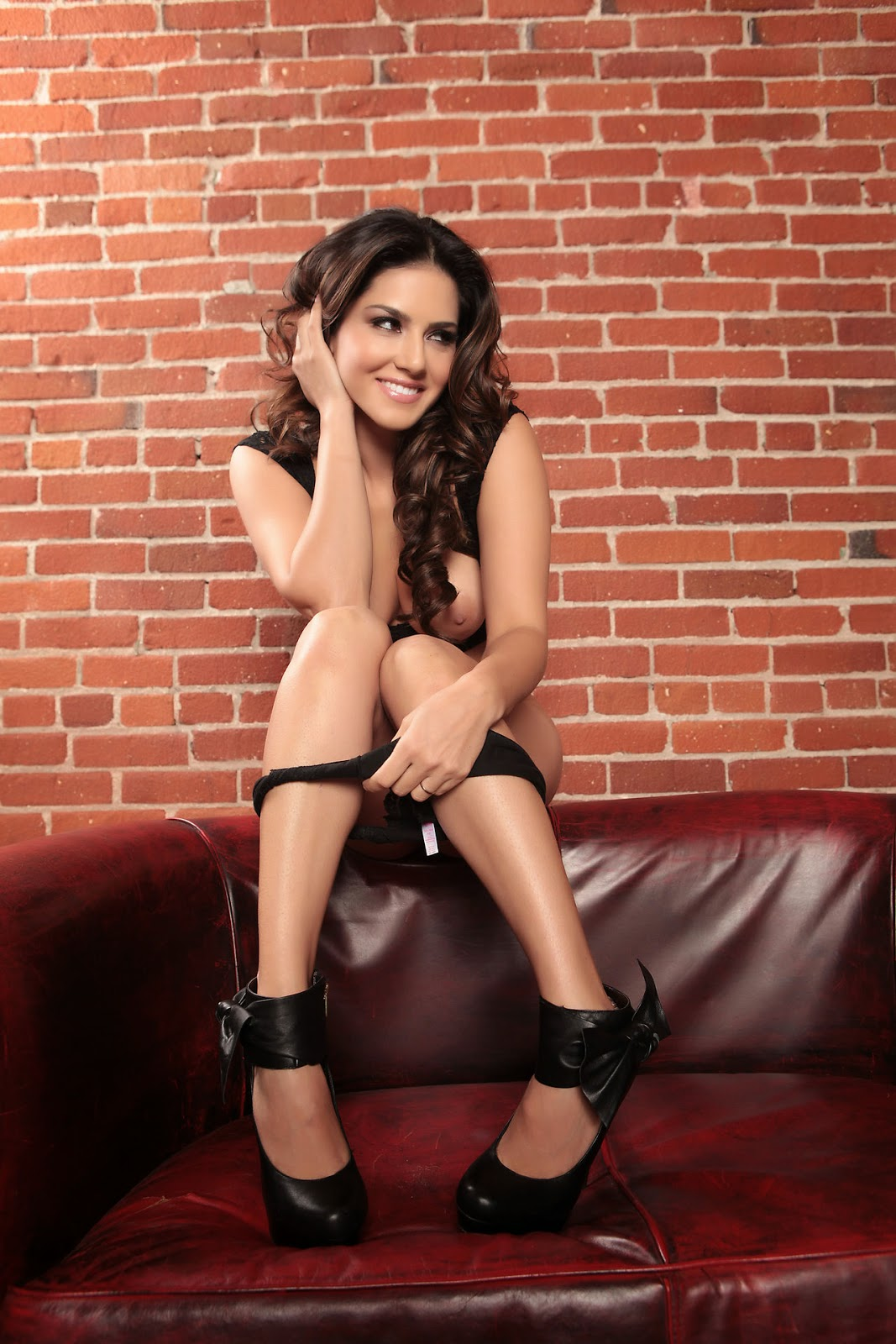 Sunny leone spicy photos