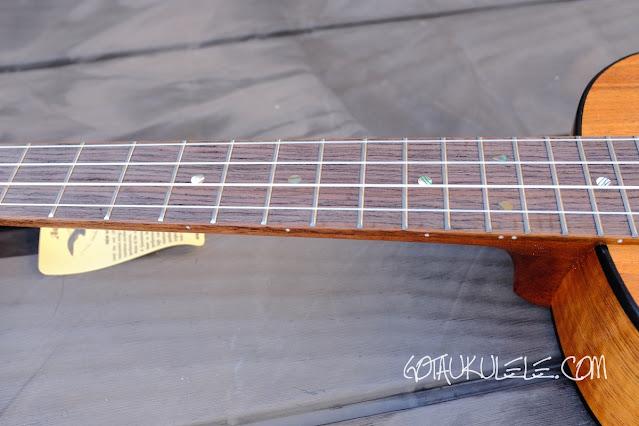 Kumu 4 string tenor ukulele neck