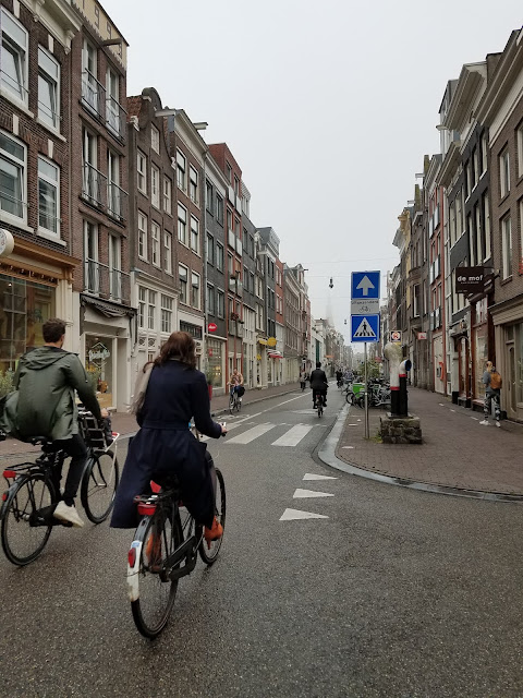 running in Amsterdam - cyclists in Amsterdam
