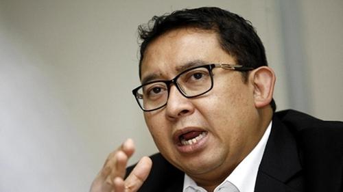 Pembagian Bantuan Sembako Jokowi Timbulkan Kerumunan, Fadli Zon: Keteladanan Apa yang Ingin Dipertontonkan?