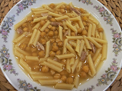 sopa de cocido con macarrones