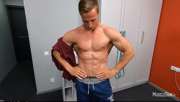 #MuscleDom - Alex M.