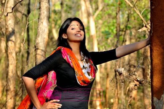 Click For Full Size Image: Malayalam Actress Nyla Usha Hot