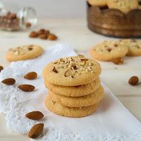 http://siasoulfood.blogspot.de/2015/07/mandel-cookies-urlaubsimpressionen.html