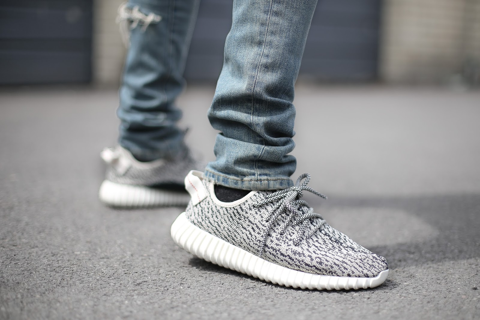 fbedfbb7f Adidas Yeezy Boost 350 On Feet los-granados-apartment.co.uk