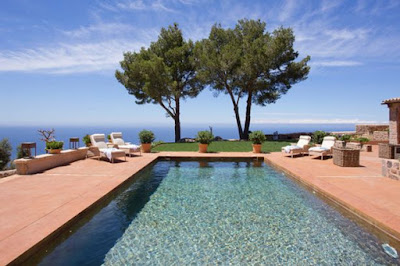 s10 Photos: Incredible Private Swimming Pools In Holiday Villas Around The World Lifestyle