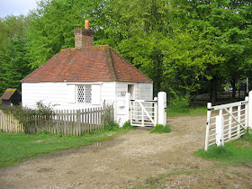 Toll house at the Weald and Downland  Living Museum © A Knowles (2014)