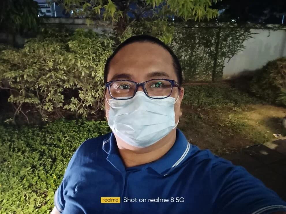 realme 8 5G Camera Sample - Night Selfie