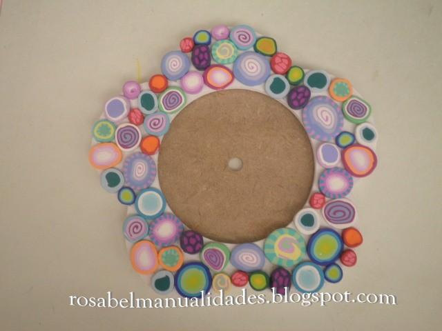 Rosabel manualidades marcos para espejos decorados con for Espejos con marco de madera decorados
