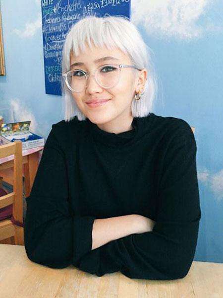 Short-Blonde-Fringe-Hairstyles