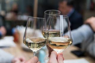 Dampak Negatif Kecanduan Minuman Beralkohol