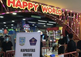 Tempat wisata tutup, Pengunjung Mall Di Jambi Membludak
