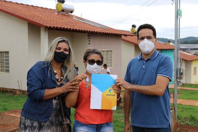 Governo de Goiás entrega mais moradias em Goiânia