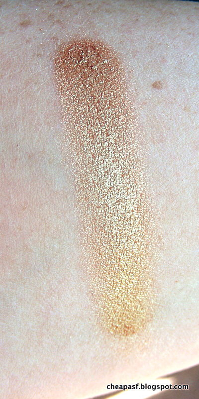 Swatch of Urban Decay Sideline