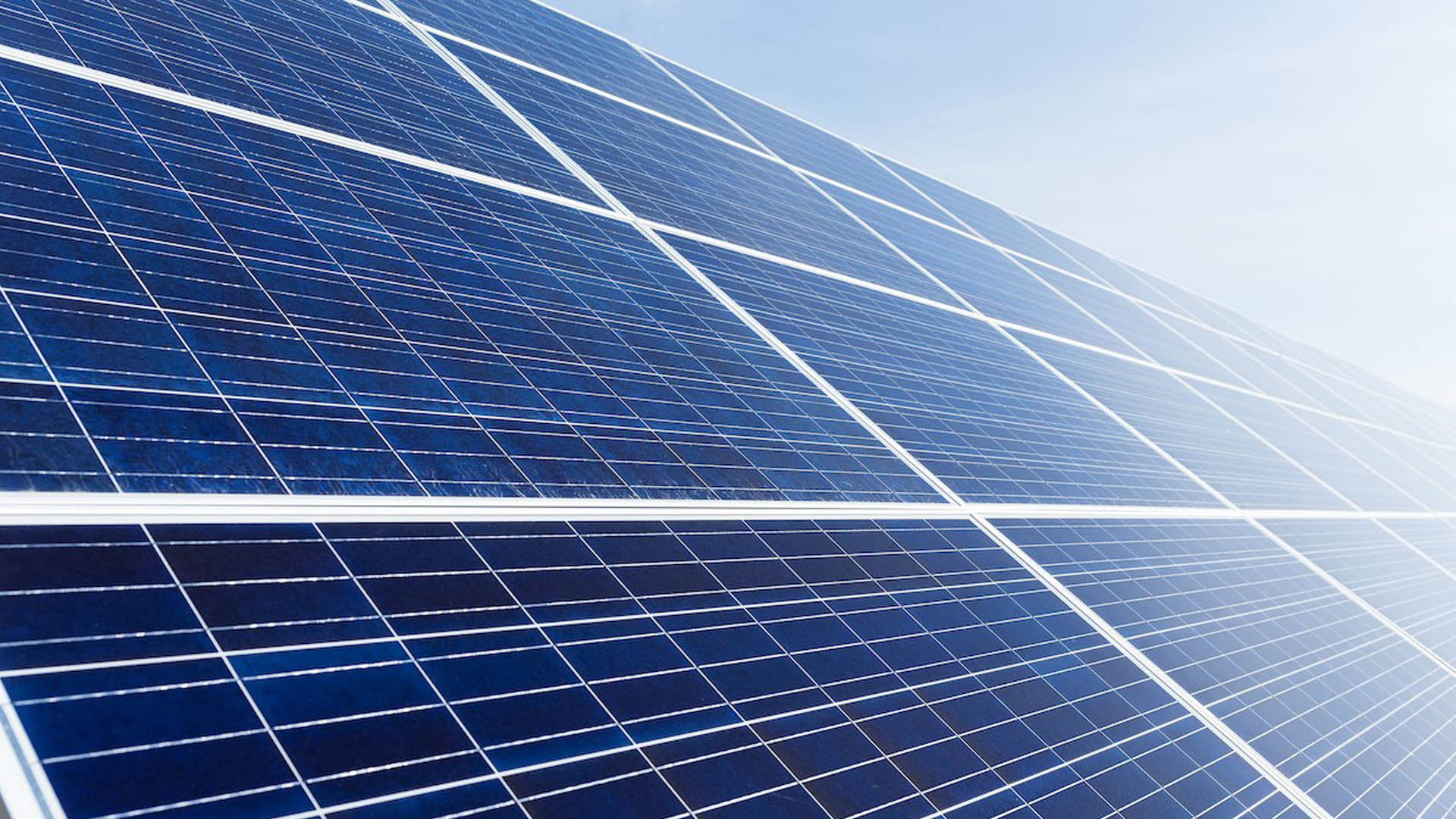 Vodacom invests in solar-powered sites as part of energy saving drive