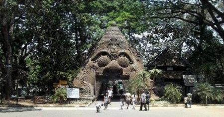 Rekomendasi Liburan Ke Taman Wisata Wendit Water Park Malang 2