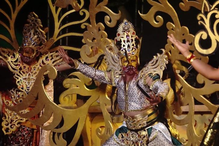 Begini Meriahnya Lakon Babad Alas Mertani Wayang Jogja Carnival
