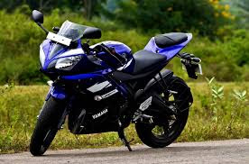 VVV Yamaha R15 BIKE FOR NEW IN INDIA