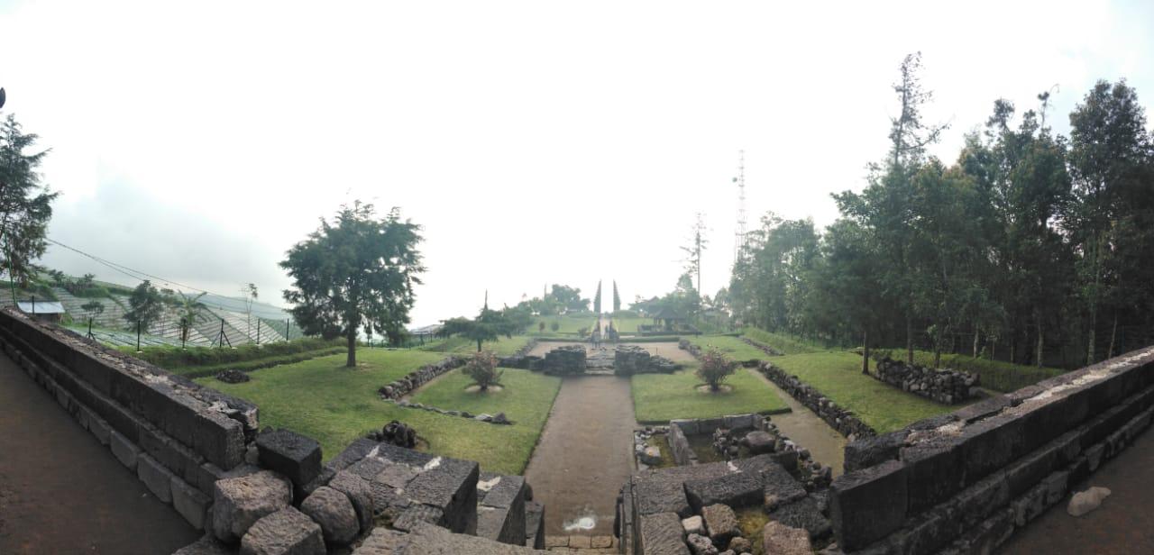 Candi Cetho Di Lereng Gunung Lawu Tripindo Tour
