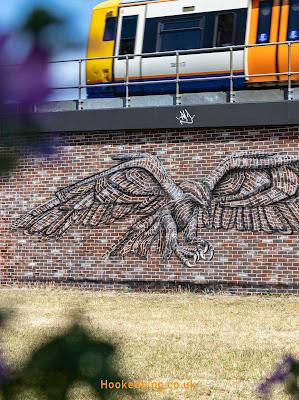 Brick Lane Street Art Eagle Mural by Artist Pad303. #Streetart #Mural #Hookedblog