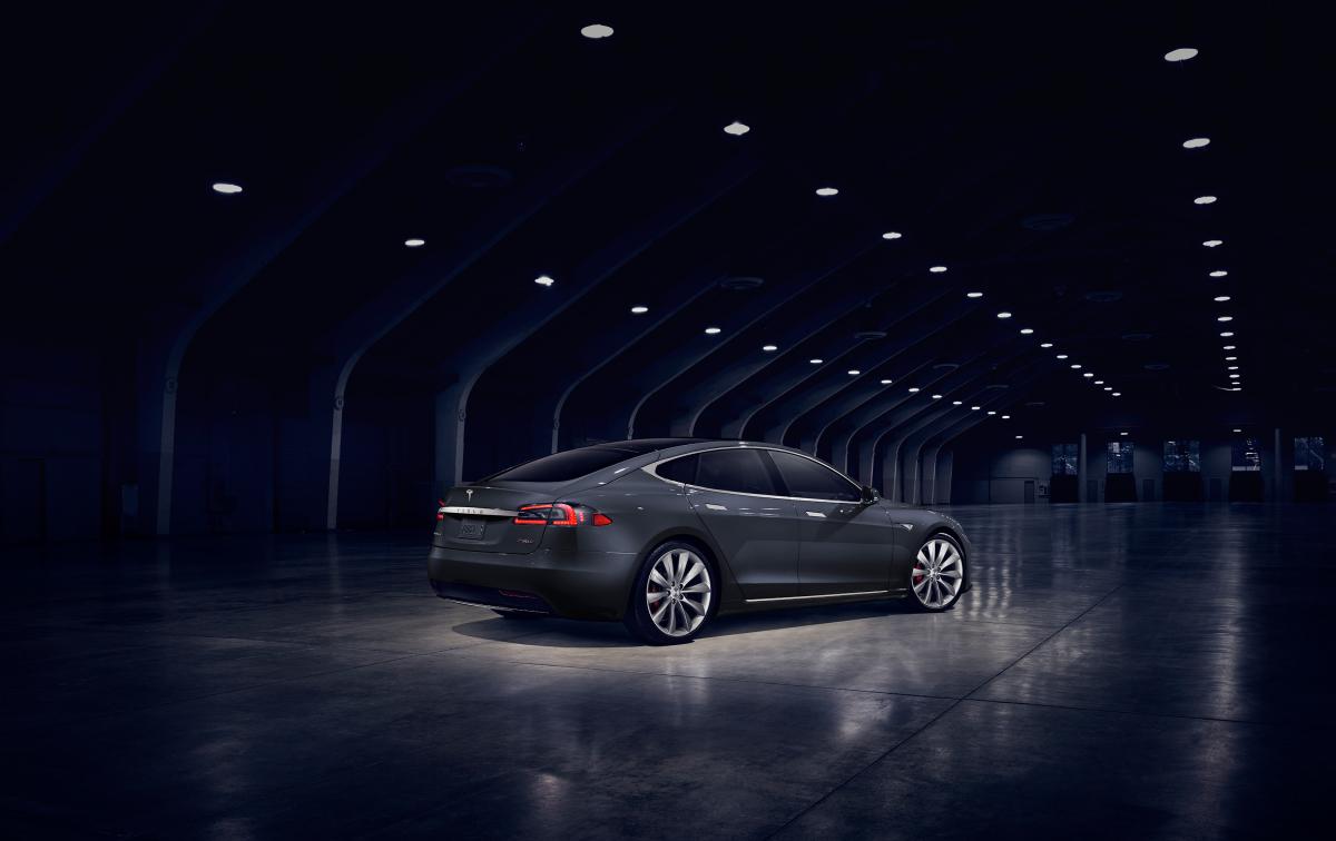 Tesla-Model-S-2017MY9