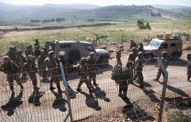Israel despliega tropas en la frontera con Siria