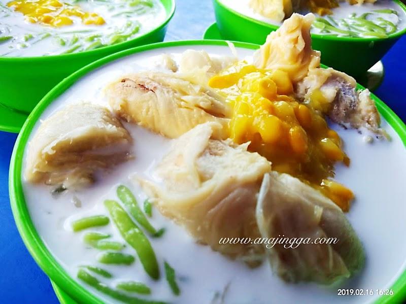Cendol Durian Pasar Chow Kit Melimpah Dengan Isi Durian