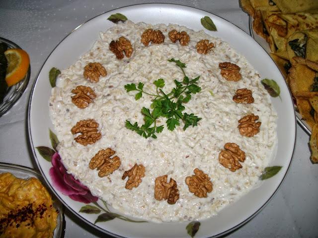 mayonezli-kereviz-salatasi