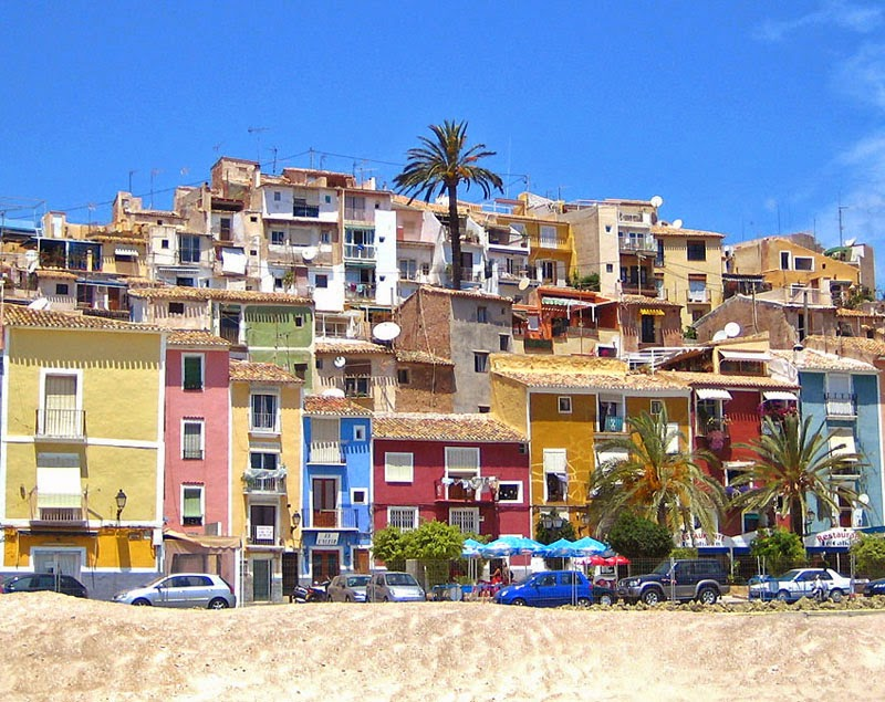 """La vila joiosa"" by Espencat - Own work. Licensed under Public domain via Wikimedia Commons - http://commons.wikimedia.org/wiki/File:La_vila_joiosa.jpg#mediaviewer/File:La_vila_joiosa.jpg"