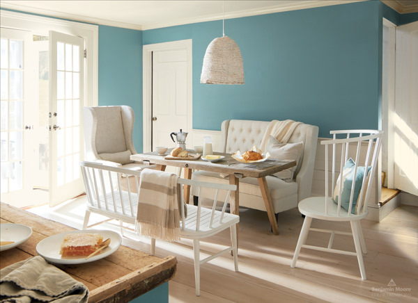 dining area painted with Benjamin Moore Aegean Teal