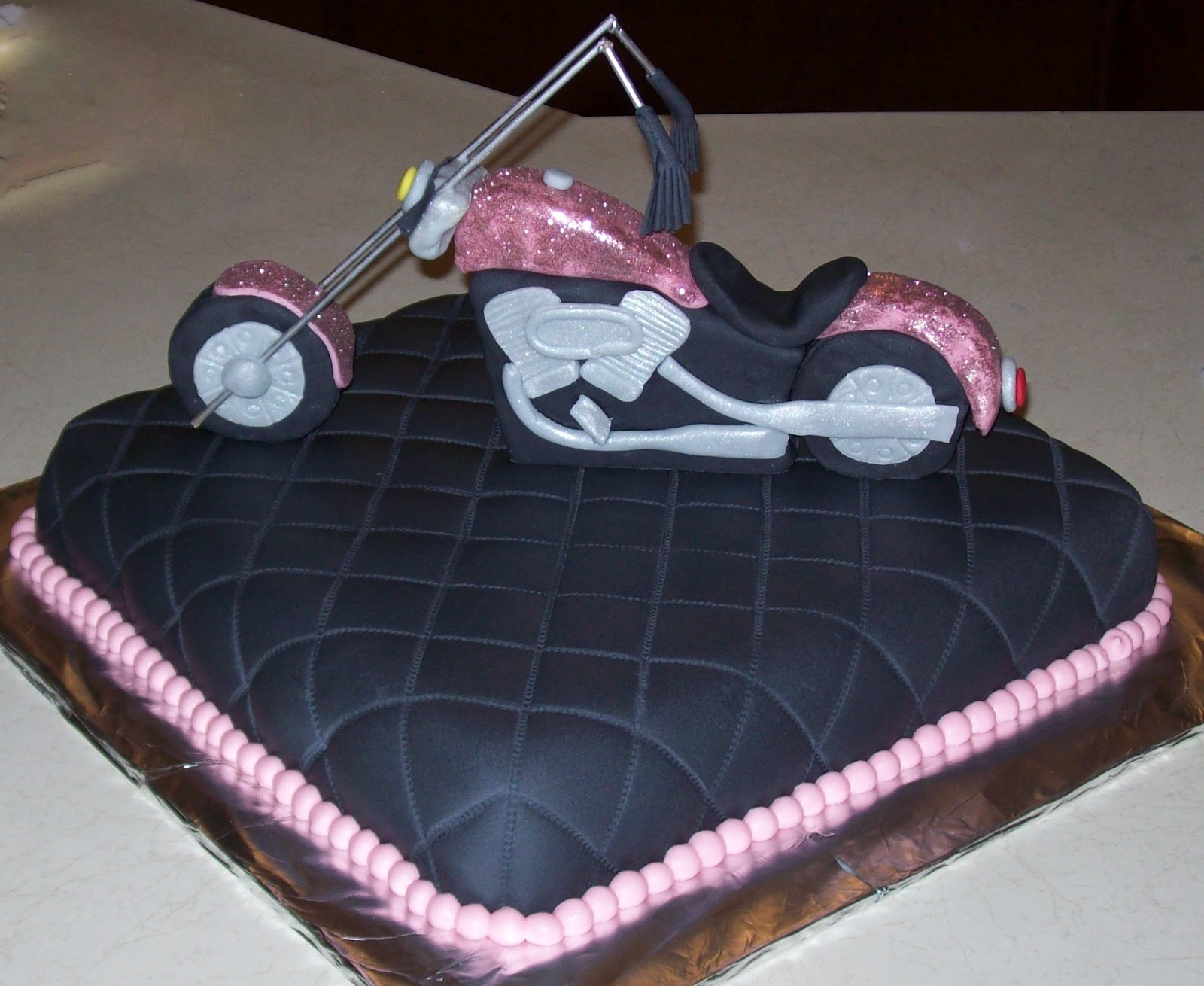 Top Tastes Like Cake: Motorcycle birthday GJ63
