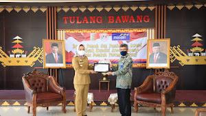 Bank Mandiri Area Lampung Berikan Award ke Pemkab Tulang Bawang
