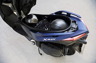 Yamaha-X-MAX-400-2