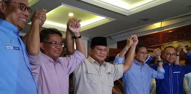 Prabowo Bubarkan Koalisi, Ada Apa?