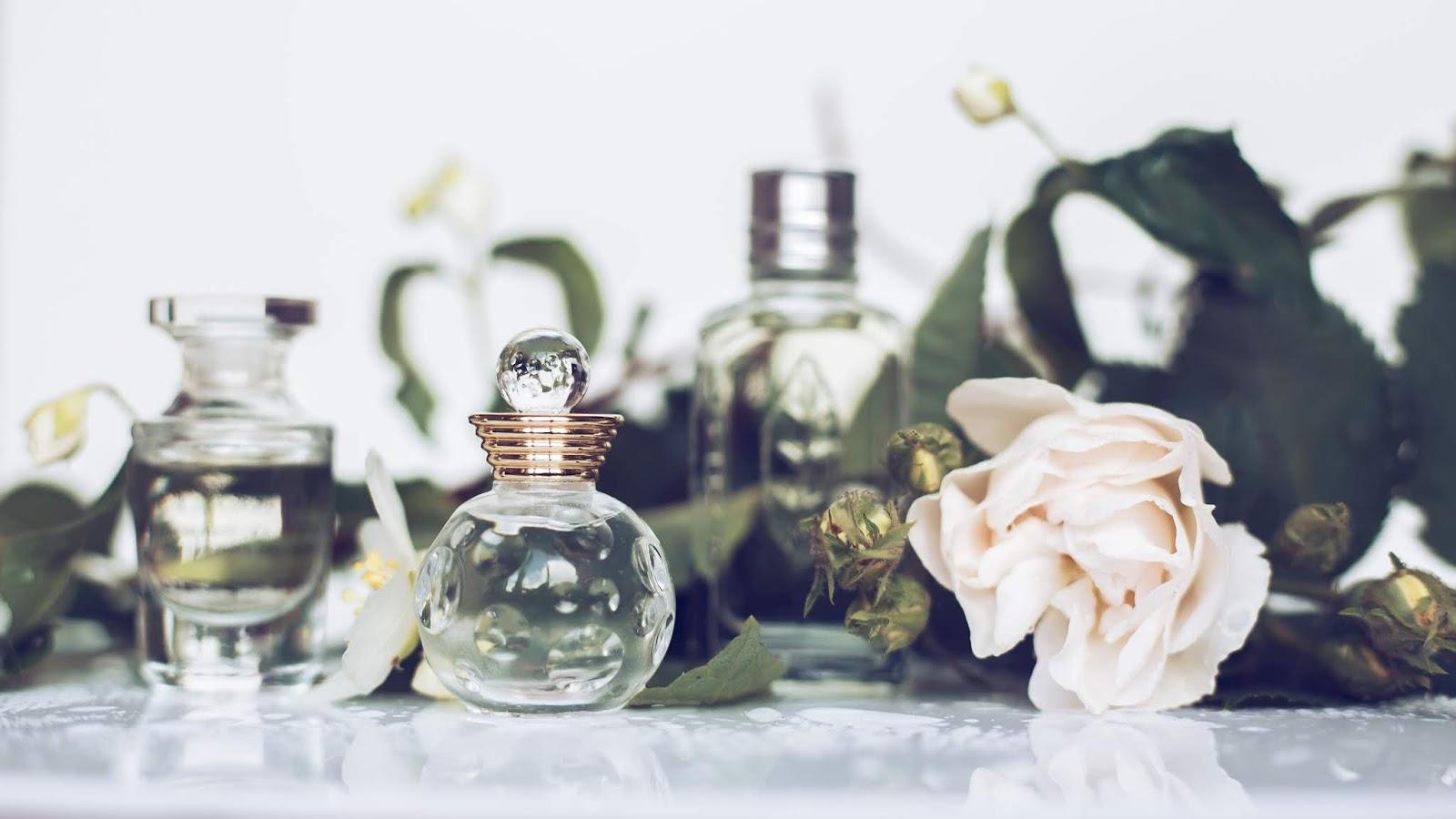 Naturalnie pachnące perfumy dostępne w perfumeriach Douglas