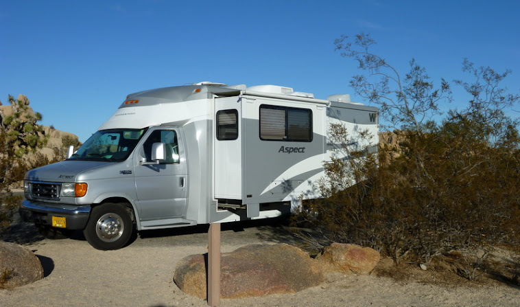 Minnie Minerva: Review of Class C Minnie Winnie Winnebago