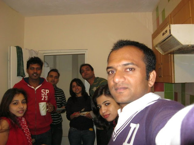 I ended up taking up residence with a bunch of Indian Students. On the contrary, my class had only one Indian student apart from me. All of my close friends were from different parts of the world. At the end the combination of Indian flatmates and foreign classmates worked out really well for me. I enjoyed my time at home and roamed all over the UK with my college friends.