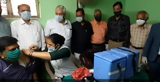 मातृ सेवासदन हॉस्पिटल में निःशुल्क टीकाकरण केन्द्र का कलेक्टर ने किया निरीक्षण