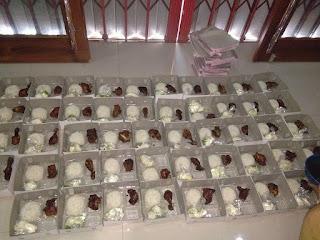 Baru buka cafe dapet catering 50 box