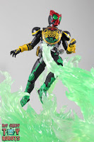 SH Figuarts Shinkocchou Seihou Kamen Rider OOO TaToBa Combo 28