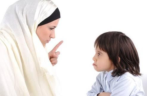 Marah di depan anak atau memarahi anak bukan hanya membuat psikologis anak terpukul. Marah juga membunuh miliaran sel otak anak.